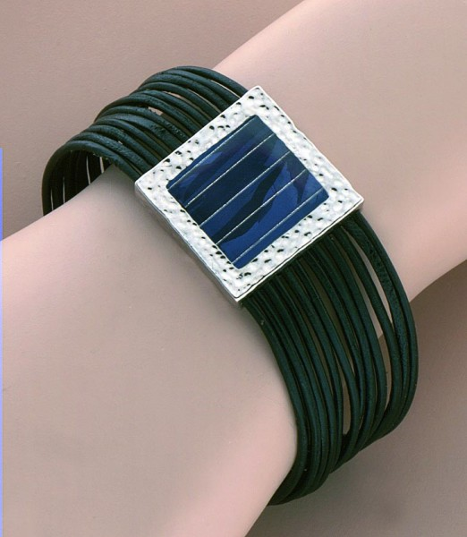 Lederarmband - voll Silber mit Solarzellen Einsatz